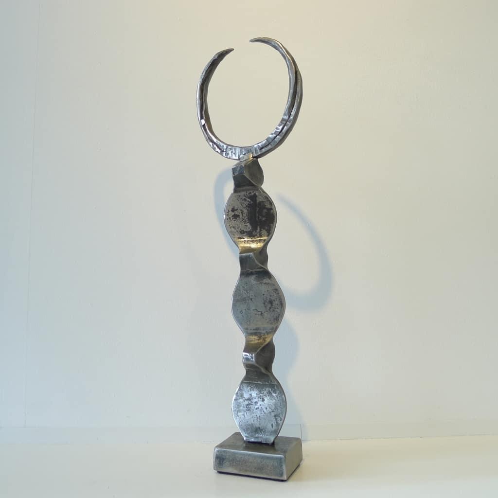 "Metallskulptur ""Kopfgeschmückter"", Höhe ca. 48 cm, Thomas Levin"