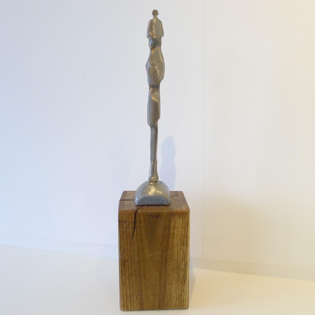 """Skulptur """"Alleinstehend"""", Höhe 35 cm, Thomas Levin"""